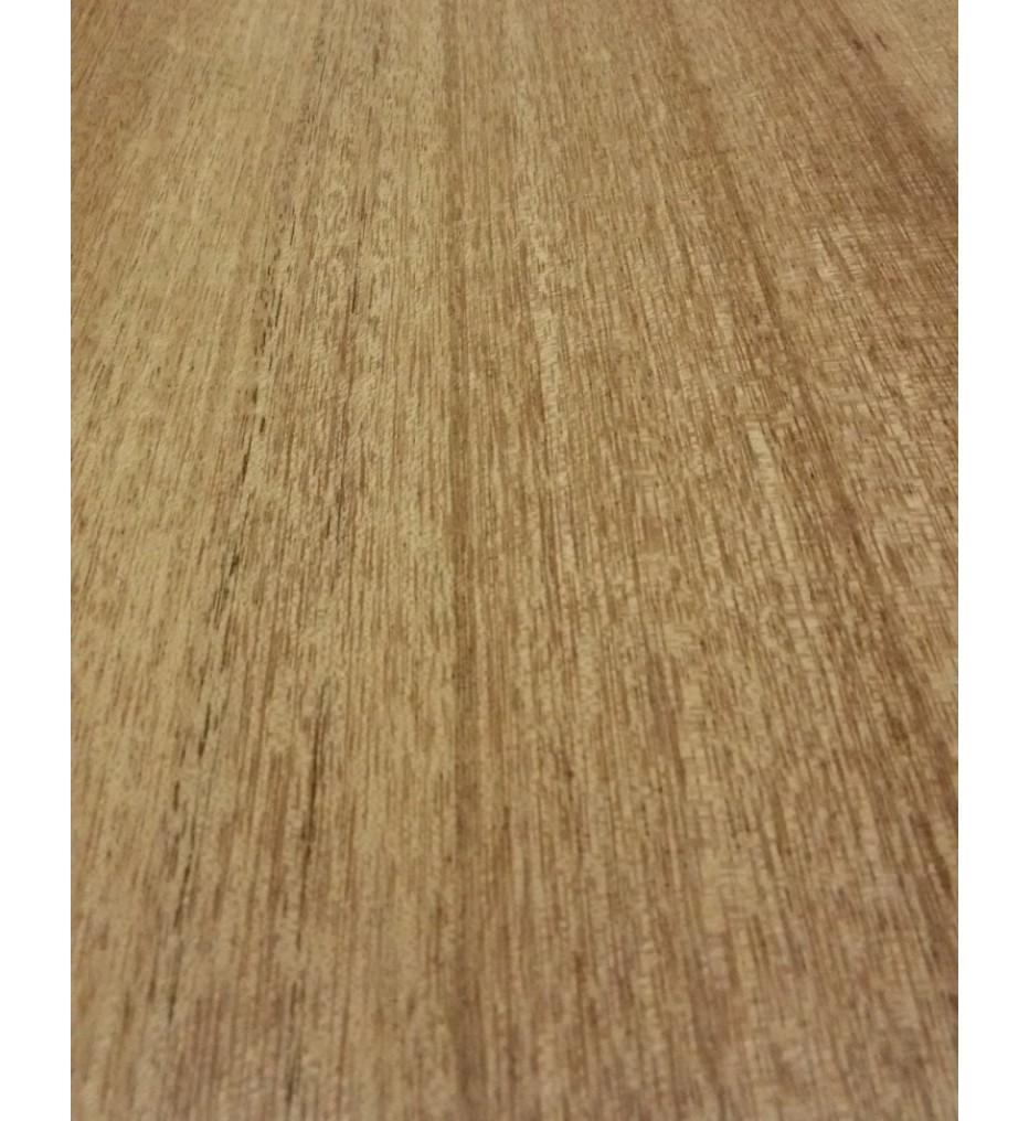 Шпон Махагон африканский (Кая) радиальный 2650х240х0,6 мм