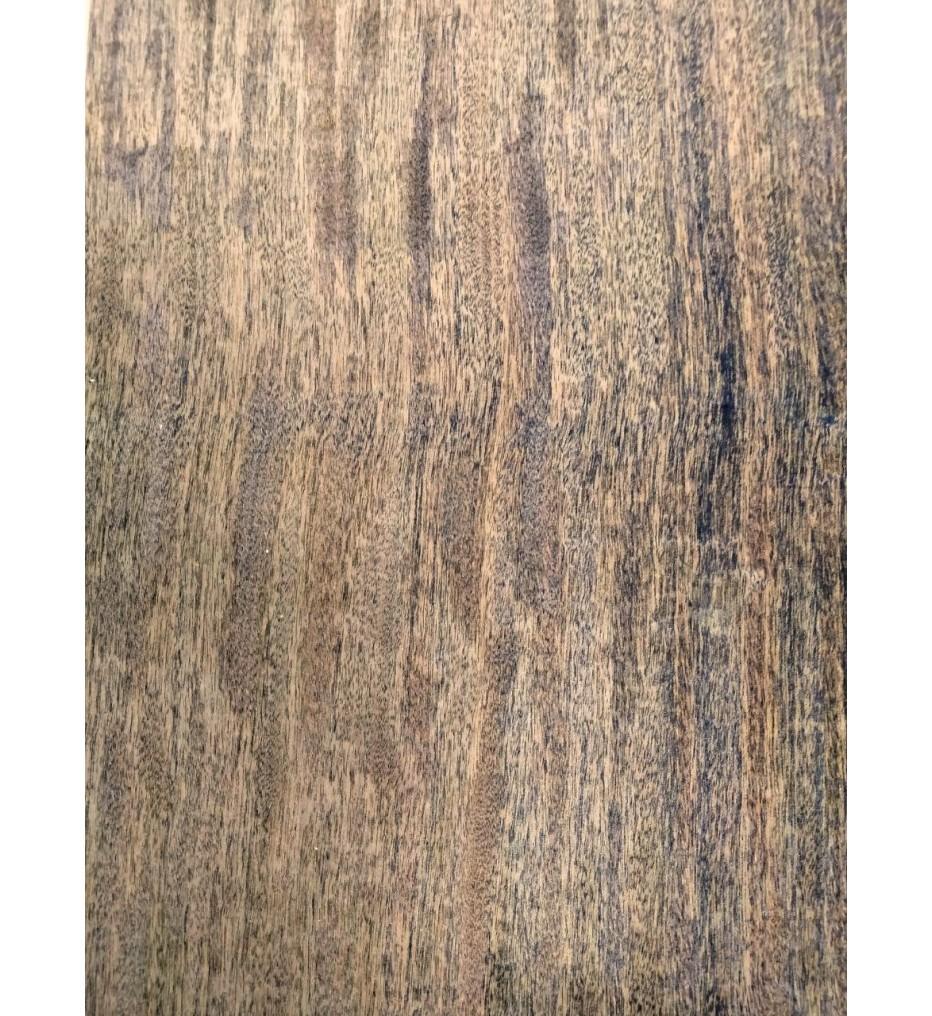Шпон Ипе тангенциальный 2600х210х0,6 мм