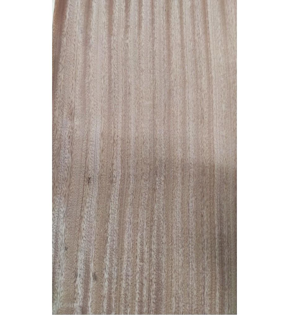 Шпон Сапеле радиальный 2700х270х0,6 мм